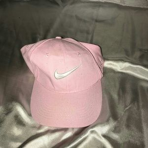 Baby pink Nile hat, worn only to try on.