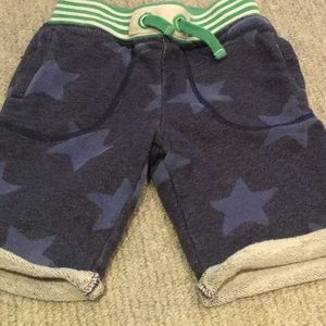 Boys Mini Boden star shorts