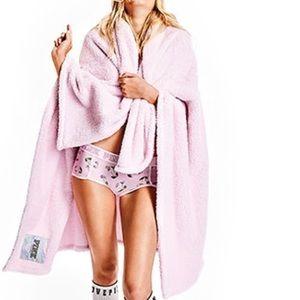 Victoria Secret Pink Cozy Blanket