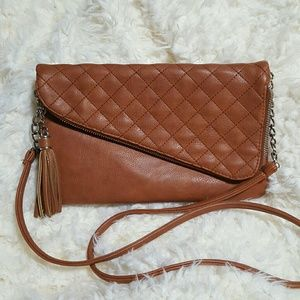 Jessica simpson crossbody clutch quilted tan purse