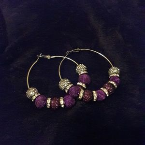 NWOT Purple & silver hooped earrings