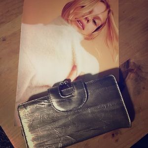 Metallic wallet or clutch