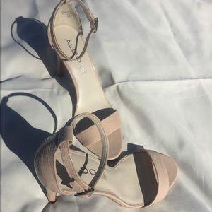 Aldo 7.5 blush heel
