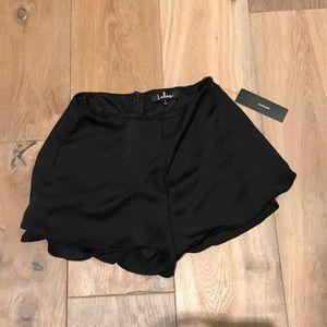Lulu's silk high wasted shorts