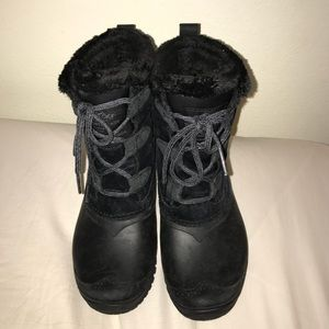 Women's 7 Black The North Face Snow Boot