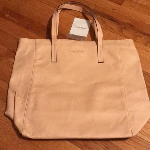 0e9a26e82352c Calvin Klein fragrance bag. NWT