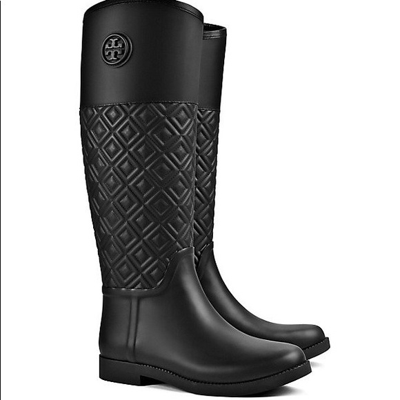 b8ee8a7a7e3cd4 Tory Burch Marion Quilted Rain Boots. M 5a30be1c99086afd170209ea