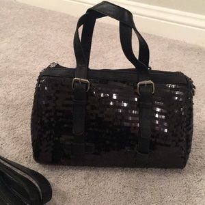 Sequins, black purse