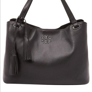 Tory burch black Thea tote nice condition