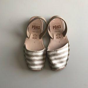 Pons Striped