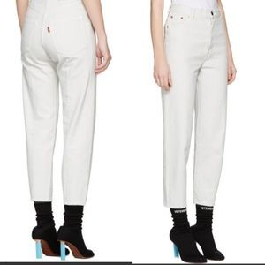 Levi high-waist white red tag jeans
