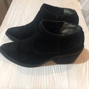 Carlos by Carlos Santana suede black booties