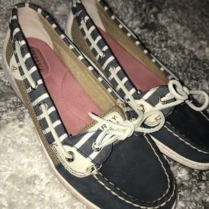 Sperry angelfish shoes Sz 9