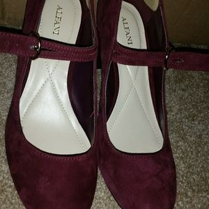 Alfani wine purple heels