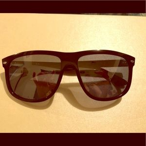 Brand new women's Ray Ban sunglasses 4147