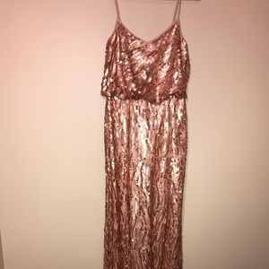 SHOWSTOPPER✨Rose Gold Sequin Formal Dress