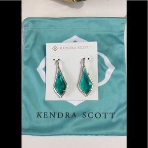 BNWT Kendra Scott Olivia earrings