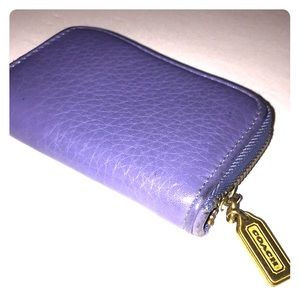 💎 Coach Periwinkle Pebbled 3/4 Zip Card/Cash Case
