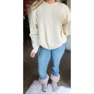 Vintage winter wonderland oversized sweater 🍃