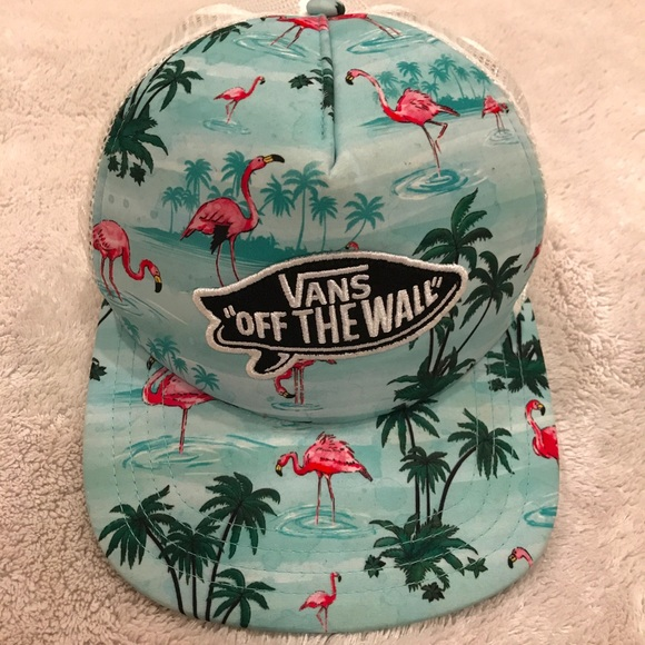 fa6e0e0f71d Vans Off the Wall Flamingo Hat. M 5a30ca94c6c79575430229c8