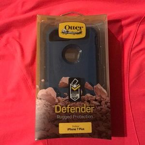 Otterbox Defender Case. iPhone 6/7/8 PLUS