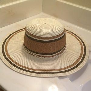 Beach/sun hat