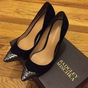 Badgley Mischka BLUSH Pump - Black Suede