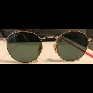 Ray-Ban Rounds