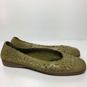Coldwater Creek Flats Green Leather Perforated