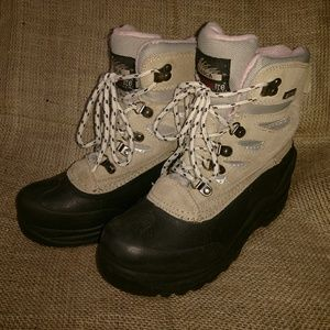 ITASCA winter boots size 6