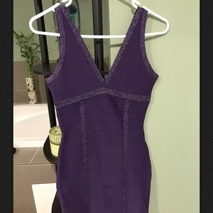 Guess BodyCon Dress - Small