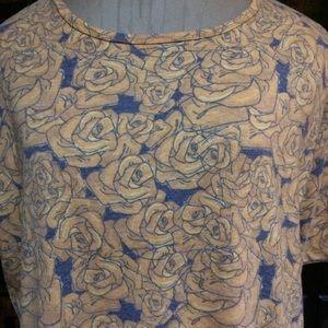 So pretty Lularoe Irma tunic w/friendship roses!