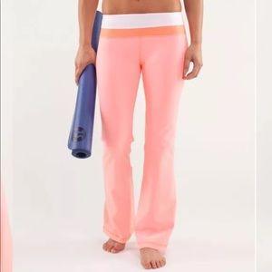 Lululemon Groove Pant Rare Pink Size 10 NWOT