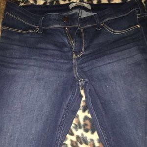 Hollister jeans size 11R