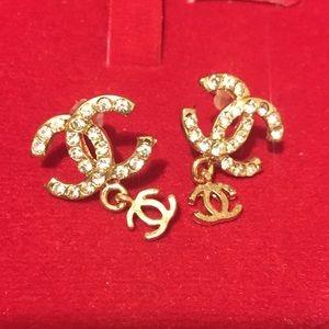 Jewelry - SALE Earring CC