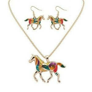 Jewelry - Goldtone Multicolored Oil Drip Horse Necklace Set