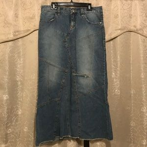 Good condition jean skirt!