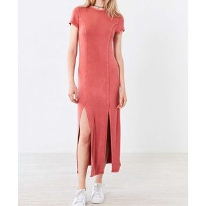 UO Silence & Noise Cynthia Thigh-Slit Dress CORAL