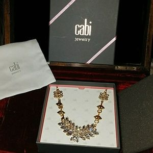 New cabi laurel necklace