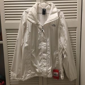 NWT, NBW NORTHFACE JACKET!!