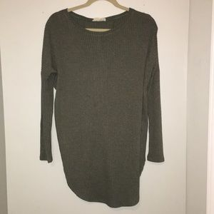 Boutique green long sleeve tunic