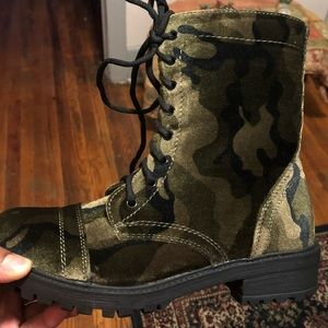 Steve Madden camouflage riding boots