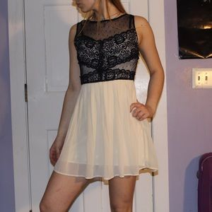 Forever XXI Black and Ivory Lace Dress