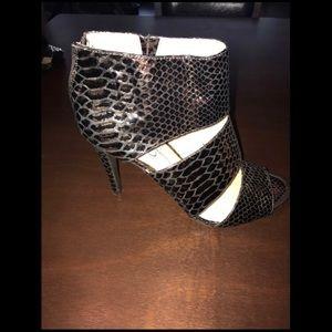 Jessica Simpson Snakeskin Embossed Shoe