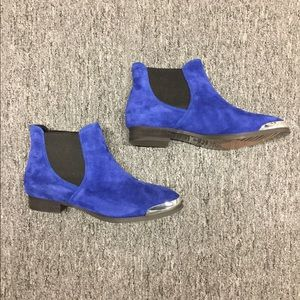 Shelly's London Suede booties