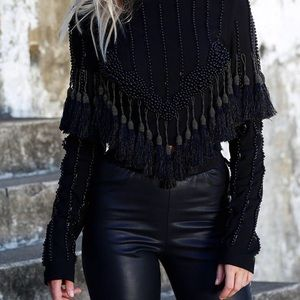 StyleKeepers In the picture Tassel Top L