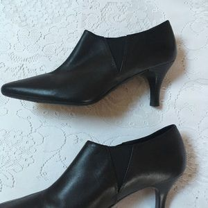 Boots Shoes Black 7.5