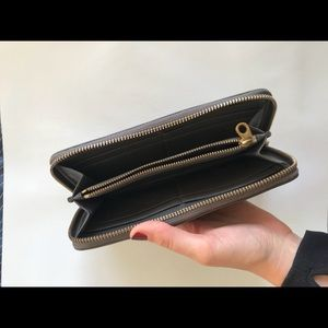 Mark Jacobs Classic Q Slim Zip Wallet