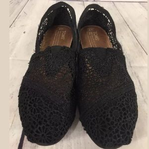 Toms Classic Morocco Crochet Flat Shoes W 7 Black