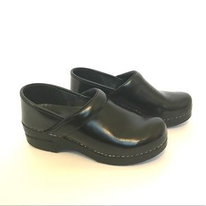 Dansko Cabrio Leather Clog
